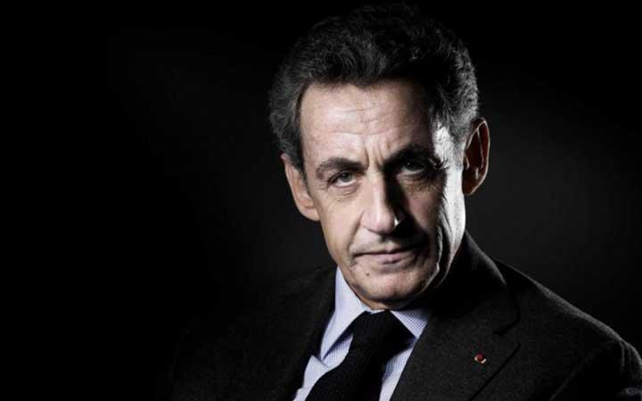 """Nicolas Sarkozy, à la barre pour la 1e fois au procès des """"écoutes"""", dénonce des """"infamies"""""""