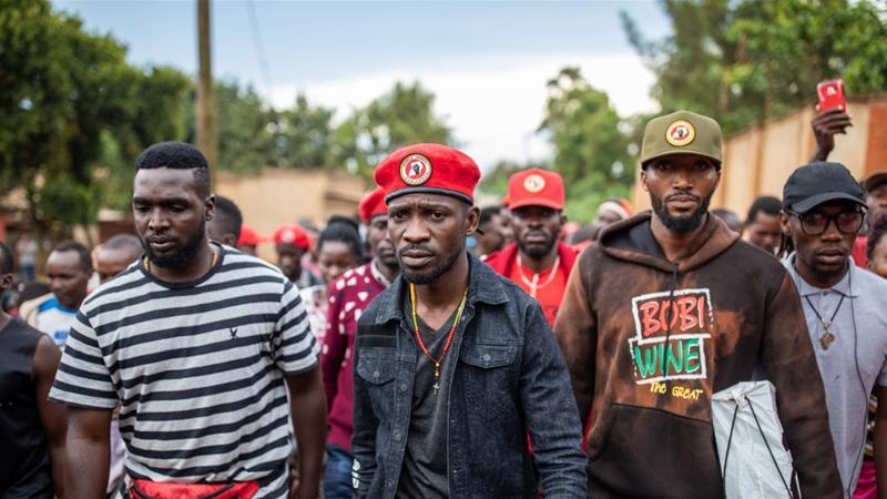 Présidentielle en Ouganda: le parti de Bobi Wine rejette la victoire du président Museveni